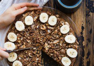 Gâteau sans gluten aux noix et à la banane
